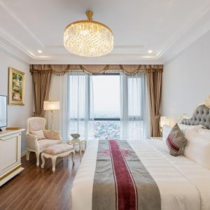 Deluxe Giường King Hướng Phố (deluxe King City View)